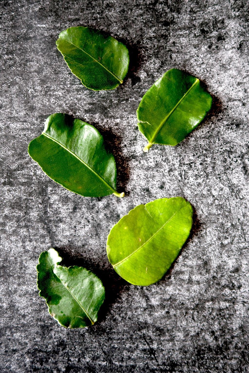 Losse Kaffir lime leaves