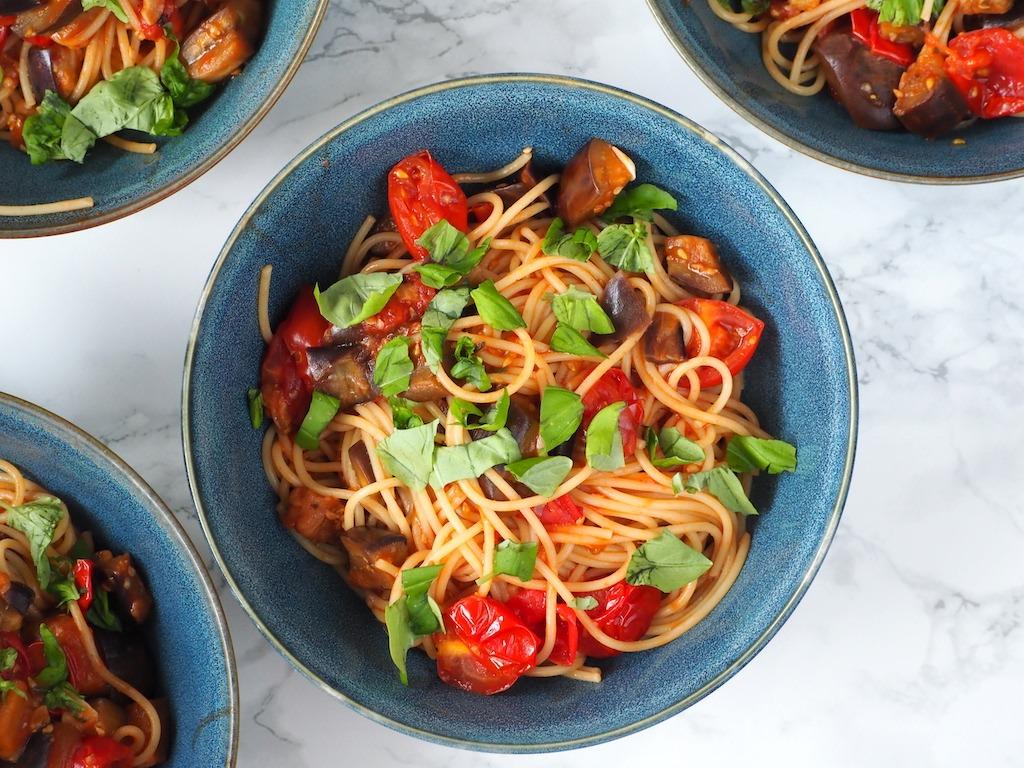 pittige aubergine pasta