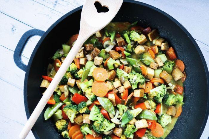 Curry-Wok-Gemüsepfanne