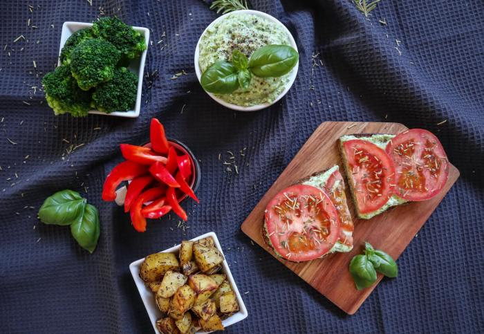 Brokkoli-Aufstrich, zum Dippen, aufs Brot oder zum Grillen