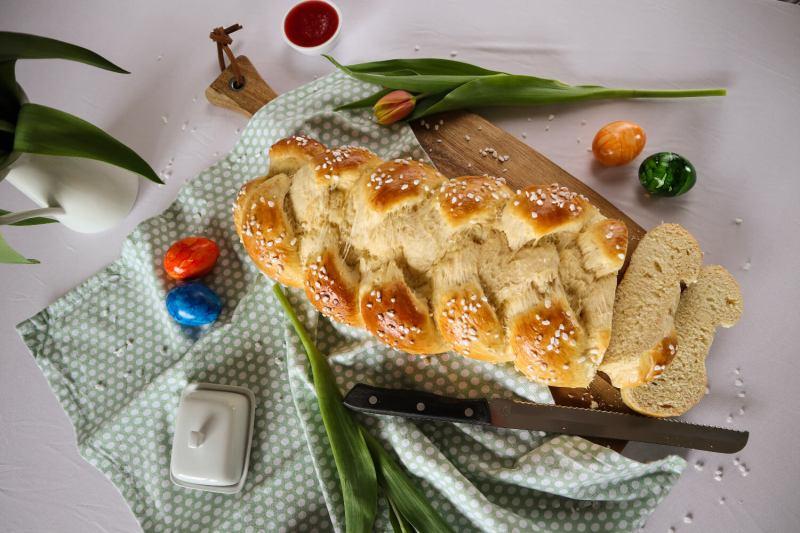 Fluffiger Hefezopf Wie Vom Bäcker Perfekt Für Ostern Flying Sparks