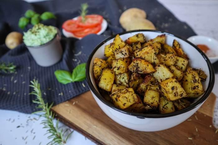 Knusprige Kartoffelwürfel aus dem Ofen, einfach & lecker