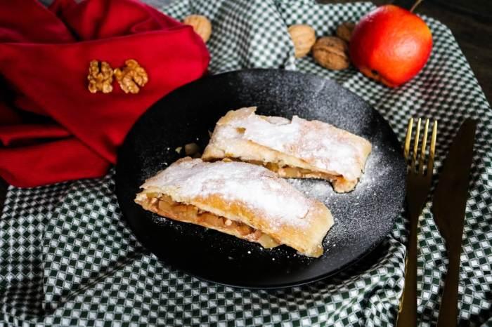 Apfel-Zimt-Strudel mit Walnüssen