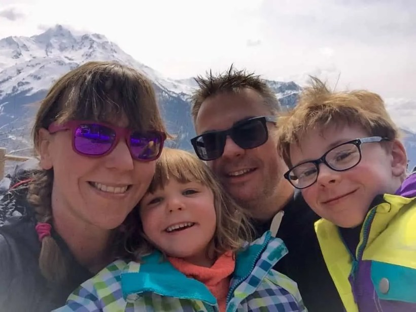 Family Ski Holiday: On The Piste With A Family La Rosiere - France