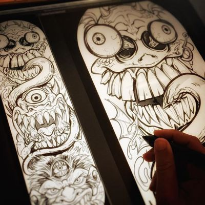 Hey guys, I'm drawing a skateboard LIVE RIGHT NOW on YouTube and Twitch - happy to answer any questions in the comments. https://www.youtube.com/user/flylanddesigns and https://www.twitch.tv/flylanddesigns New Artwork From Instagram