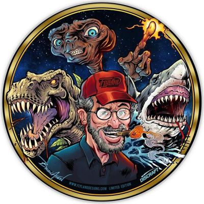 Steven Spielberg Tribute I illustrated a while back was voted to be the next Disc Golf foil release for this month! What other Directors would you like to see a tribute to in this way? PREORDER the disc in my shop now - there will most likely only be 35 printed of this one.It's pretty incredible how these three movies have held up after so many decades. ET in particular is one my brothers and I know beat for beat.••••#stevenspielberg #spielbergtribute #movieart #directorart #directortribute #discgolf #frisbeegolf #discraftdiscs #teamdiscraft #discraft #disc