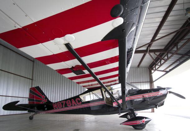 Super Decathlon_N878AC_bright hanger_2