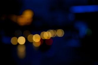 Lichtspiele nachts No. 3   Foto: Ulf Cronenberg, Würzburg