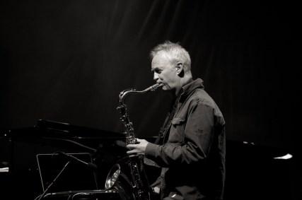 Tore Brunborg am Saxophon, Manu Katché Band, Würzburger Hafensommer 2013 // Foto: © Ulf Cronenberg