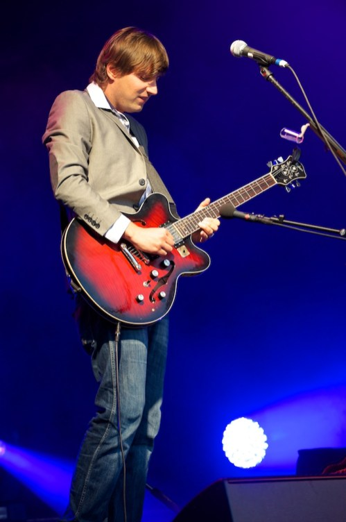 Ringsgwandl– Gitarrist Daniel Stelter, Würzburger Hafensommer 2013 // Foto: © Ulf Cronenberg