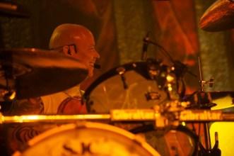 Schlagzeuger Russell Gilbrook von Uriah Heep    Foto: © Ulf Cronenberg, Würzburg