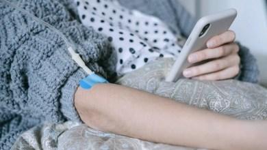 paziente oncologica medicina cancro smartphone