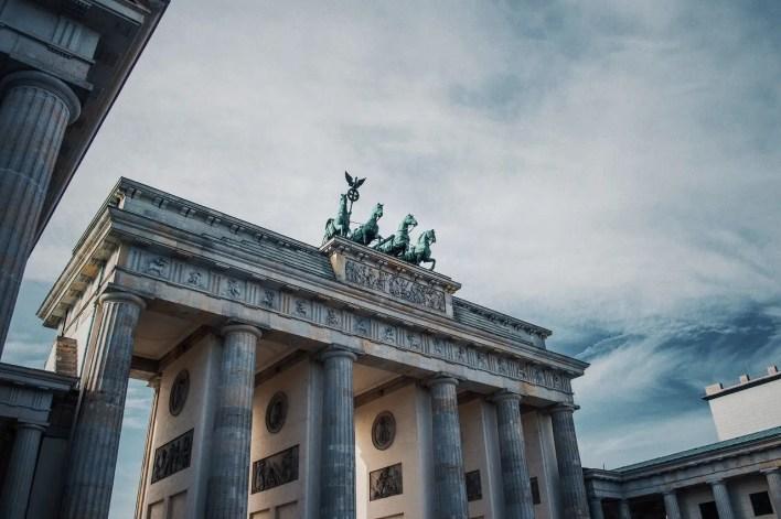 berlino germania porta di brandeburgo | F-Mag Covid ed Europa, come va fuori dall'Italia?