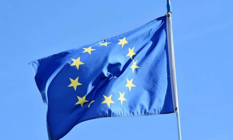 generica UE bandiera Unione Europea