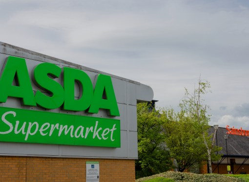 Potential bedfellows trade places in supermarket war