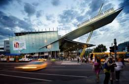 Melbourne Convention and Exhibition Centre teams up with RMIT students to replace single-use plastic