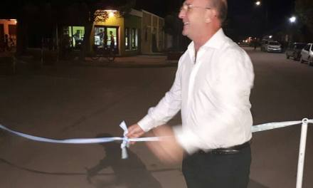 Inauguración de luces led en Barrio Hipódromo