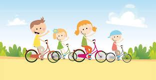 Bicicleteada de niños por las calles de la ciudad
