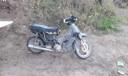 Secuestro de motovehículo en zona rural