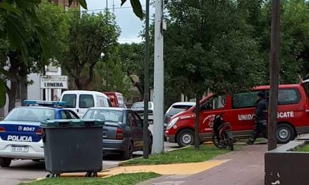 UN JOVEN HERIDO EN EL PECHO TRASLADADO POR BOMBEROS
