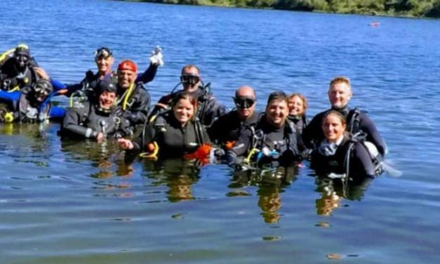 48 buzos, entre ellos de Cabrera, participaron de la limpieza del lago de Embalse