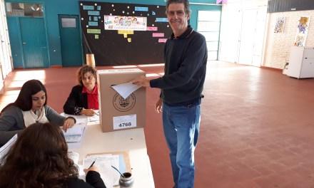 Votó  el candidato a Legislador Departamental por la UCR