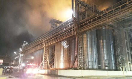 Bomberos de Gral. Cabrera colaboran en el incendio de una secadora de  AGD