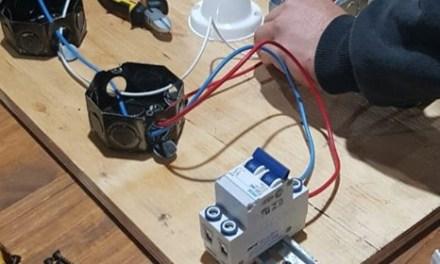 Se viene el segundo curso de electricidad en el SUM de B° Argentino