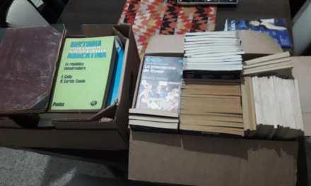 La vecinal de Barrio Argentino recibió una donación de libros