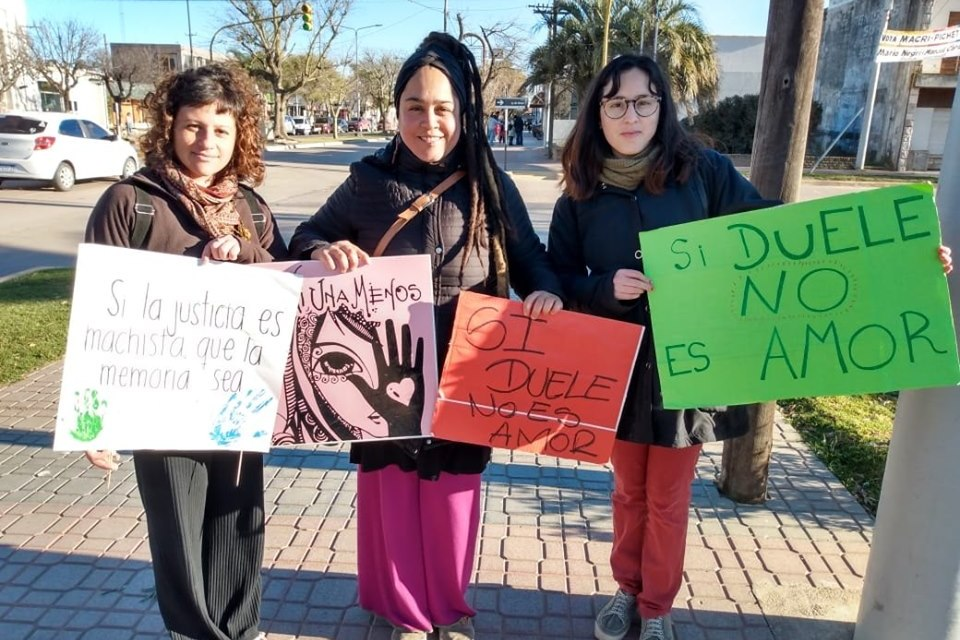 Grupo de mujeres auto convocadas reclama Políticas de Estado