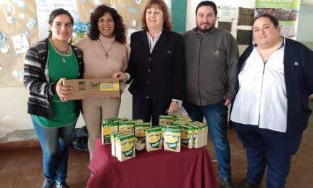Cotagro junto a Unilever donaron sopas a Instituciones de la localidad, entre ellos el IPEA 291