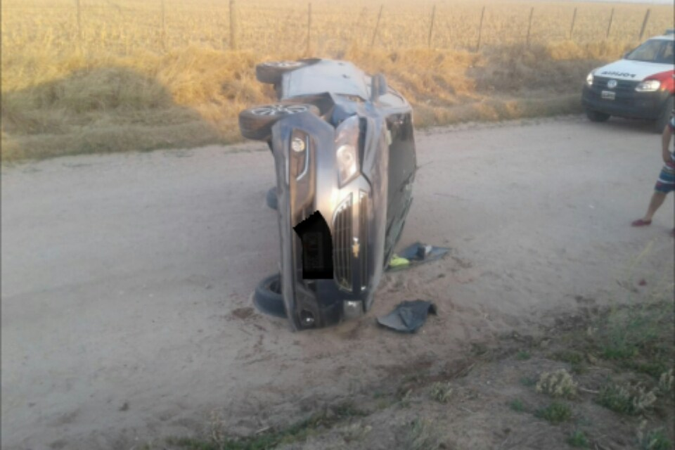Cabrerenses se accidentaron en zona rural