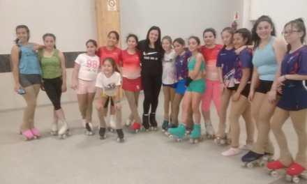 Alumnas de la Esc. de Patín participaron de una clínica con la Técnica Carolina Saldaño