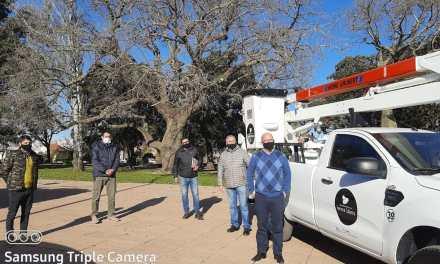 Se presentó una camioneta con hidroelevador