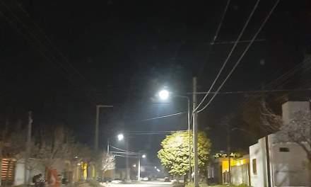 Inauguración de nueva cuadra con luces led