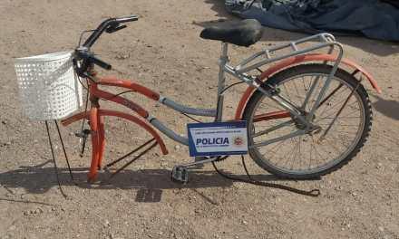 Aparecio la bici robada, pero sin una rueda