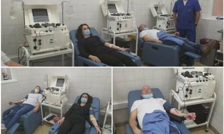 Hoy viajaron los primeros 8 donantes de plasma