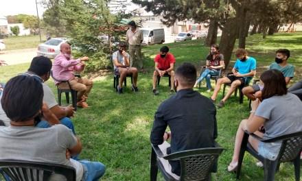 16 jóvenes de la ciudad participaron de la reunión con el Intendente