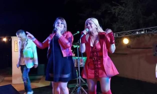 Lili Ceballos compartió escenario con la Bomba Tucumana