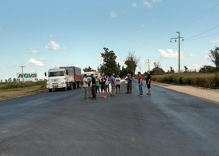 Reclamo por tarifa en cruce de Chucul -Centro de camioneros y Fecotac