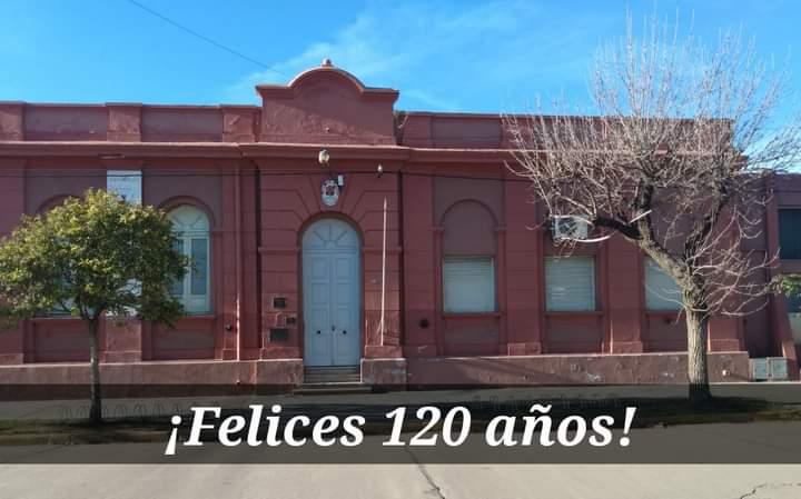 La escuela Emilio Felipe Olmos cumple 120 años