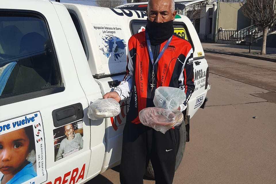 Cabrera Solidaria – Ya tiene calzados y frazadas para el Lote 52. Solo necesita fideos y harina