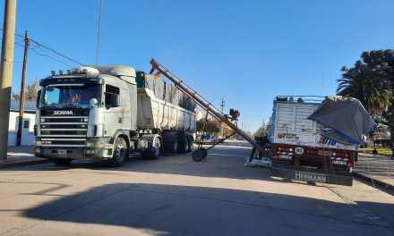 Liberan la carga del camión que fue secuestrado