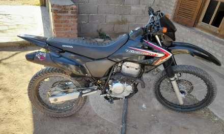 Recuperaron en Río Cuarto una moto sustraída en Gral. Cabrera