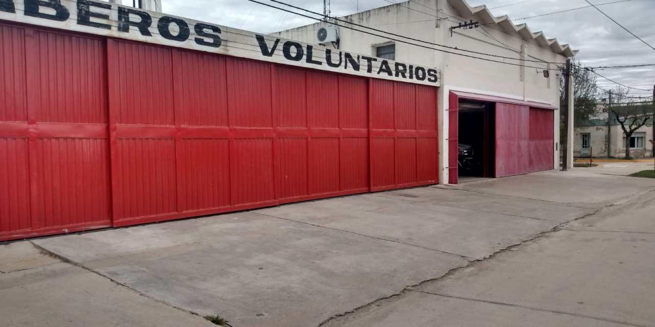 Salida de Bomberos – Principio de incendio en un Taller de Motos de B° Argentino