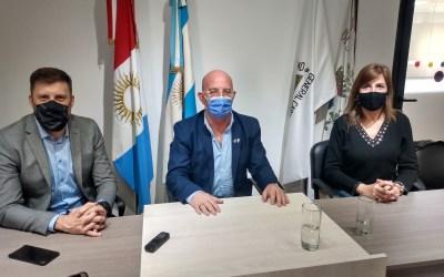Grooming – El Dr. Hernán Navarro disertó en la ciudad