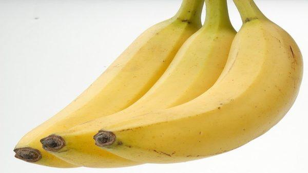 فوائد التمر والموز و القيمة الغذائية للجسم بالتفصيل