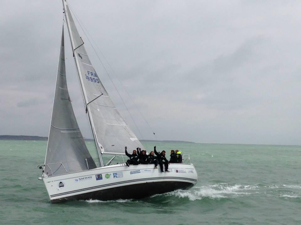 """Le voilier """"Kea"""" et son équipage - sponsorisés par la FNPL et les produits laitiers"""