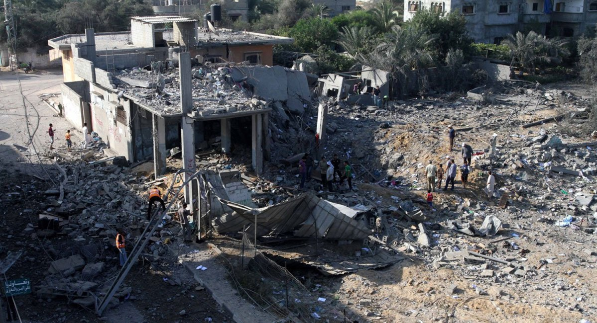 NEWShouse-destroyed-in-gaza-attack