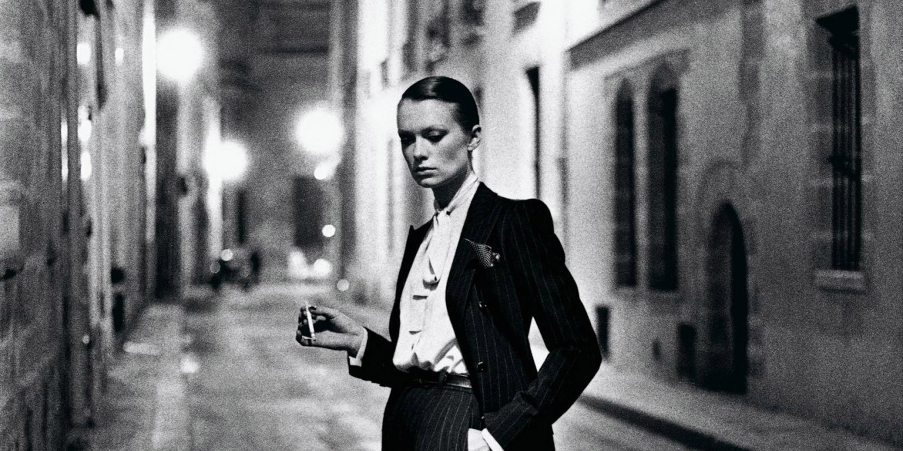 Helmut newton iconic fashion photographer